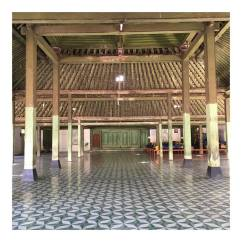 The look of Pendapa nDalem Suryohamijayan, beautiful tiles and structure